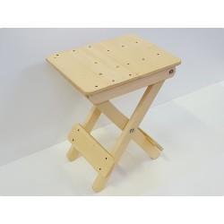 Sgabello in legno pieghevole